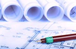 Baugewerbe-Architektur rollt Immobilien der Architekturplan-Projektarchitektenpläne lizenzfreies stockfoto