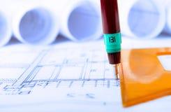 Baugewerbe-Architektur rollt Immobilien der Architekturplan-Projektarchitektenpläne stockfotos