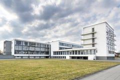Bauhaus szkoły artystycznej ikonowy budynek w Dessau, Niemcy zdjęcia stock