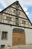 Bauholz-Rahmenpferdestall Lizenzfreie Stockbilder