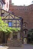 Bauholzrahmenhaus innerhalb des Schlosses Schoenburg Stockbild