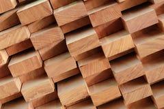 Bauholzstapel für die Herstellung von Möbeln Stockbild