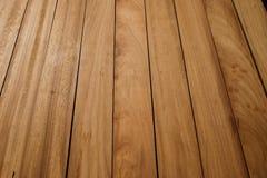 Bauholzstapel für die Herstellung von Möbeln Stockbilder