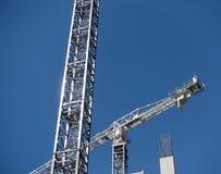 Baukräne in Kraft Lizenzfreie Stockfotografie