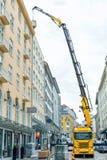 Baukran in der Stadt Lizenzfreie Stockfotos