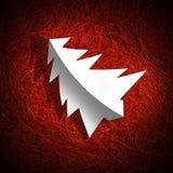 Baum der weißen Weihnacht auf rotem Raffiabast Lizenzfreie Stockbilder