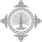 Baum Druidic Yggdrasil, rundes gotisches Logo alte Buchart stockfotos
