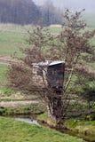 Baum-Haus lizenzfreie stockfotos