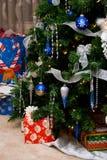Baum und Geschenke Lizenzfreies Stockbild