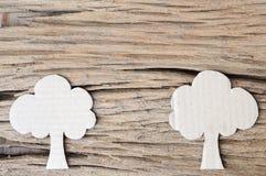 Baum vom Papierschnitt Stockfotos