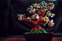 Baum von Edelsteinen lizenzfreie stockfotografie