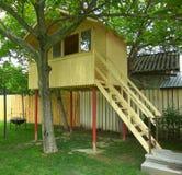 Baumhaus für Kinder Stockbilder