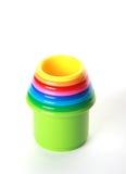 Baumschulenfarbe Spielzeugpyramide, auf Weiß Lizenzfreie Stockfotografie