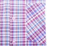 Baumwollhemd auf weißem Hintergrund Lizenzfreie Stockbilder