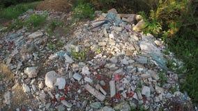 Baurückstand weg von der Straße stock video footage