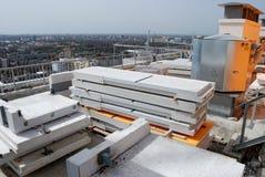 Baustelle auf einem hohen Gebäude Lizenzfreie Stockfotografie