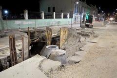 Baustelle, Kanalisation in der Stadt Lizenzfreie Stockfotografie