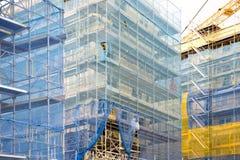 Baustelle mit Baugerüst Lizenzfreies Stockfoto