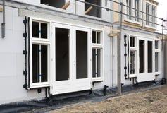 Baustelle mit dem Haus im Bau Lizenzfreies Stockfoto
