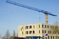 Baustelle mit Kran Stockbilder