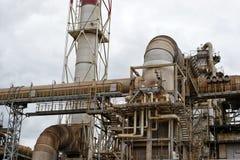 Baustelle unter Raffinerie Stockbild
