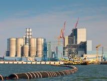 Neue Kohleenergie-Anlage, die errichtet wird Lizenzfreie Stockfotos