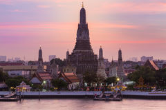 Bautiful sky at Arun temple the most tourist destination of Bangkok Thailand Royalty Free Stock Images