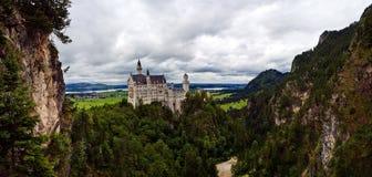 Bautifull新天鹅堡城堡在巴伐利亚 免版税库存照片
