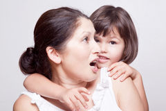 Bavardage de grand-mère et de petite-fille Photo stock