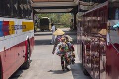 Переход границы Bavet между Камбоджей и Вьетнамом Стоковая Фотография RF