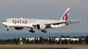 A7-BAW εναέριοι διάδρομοι του Κατάρ, Boeing 777-300 Στοκ εικόνες με δικαίωμα ελεύθερης χρήσης