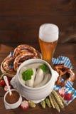 Bawarski cielęciny kiełbasy śniadanie zdjęcie stock