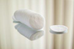 Bawełniani round kosmetyków ochraniacze Zdjęcie Stock