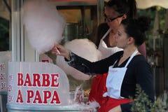 Bawełniani cukierki przy funfair Zdjęcia Royalty Free