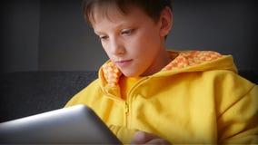 Bawić się podniecające gry online zdjęcie royalty free