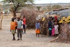Bawić się Samburu dzieci w Afryka Fotografia Stock