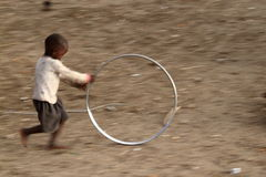 Bawić się Samburu dzieci w Afryka Zdjęcia Royalty Free