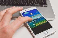Bawić się Super Mario bieg grę zdjęcie stock