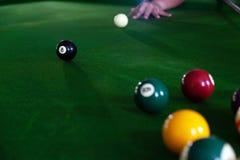 Bawić się, ustanawia snooker piłkę, czerwoną piłkę i piłkę z liczbami, fotografia stock