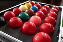 Bawić się, ustanawia snooker piłkę, czerwoną piłkę i piłkę z liczbami, zdjęcia stock