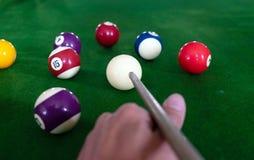 Bawić się, ustanawia snooker piłkę, czerwoną piłkę i piłkę z liczbami, zdjęcie stock
