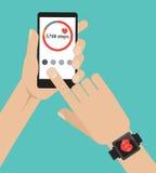 Bawi się app na parawanowym smartwatch i smartphone Obraz Royalty Free
