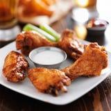 Bawoliego grilla kurczaka gorący skrzydła Obraz Stock