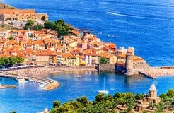 Bay City escénica e histórica de Collioure-, al sur de Francia Foto de archivo libre de regalías