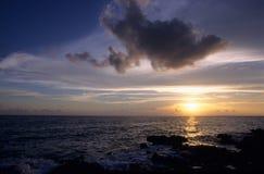 bayahibe多米尼加共和国的海洋共和国日落 免版税库存照片