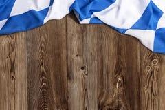 Bayerische Flagge als Hintergrund für Oktoberfest Stockbilder