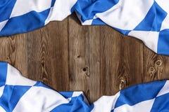 Bayerische Flagge als Hintergrund für Oktoberfest Stockfotografie