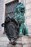 Bayerische Löwestatue an Palast Münchens Residenz Lizenzfreie Stockfotografie