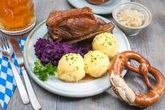 Bayerische Mahlzeit Stockfotos