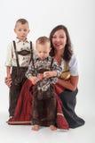 Bayerische Mutter im Kostüm Lizenzfreies Stockbild